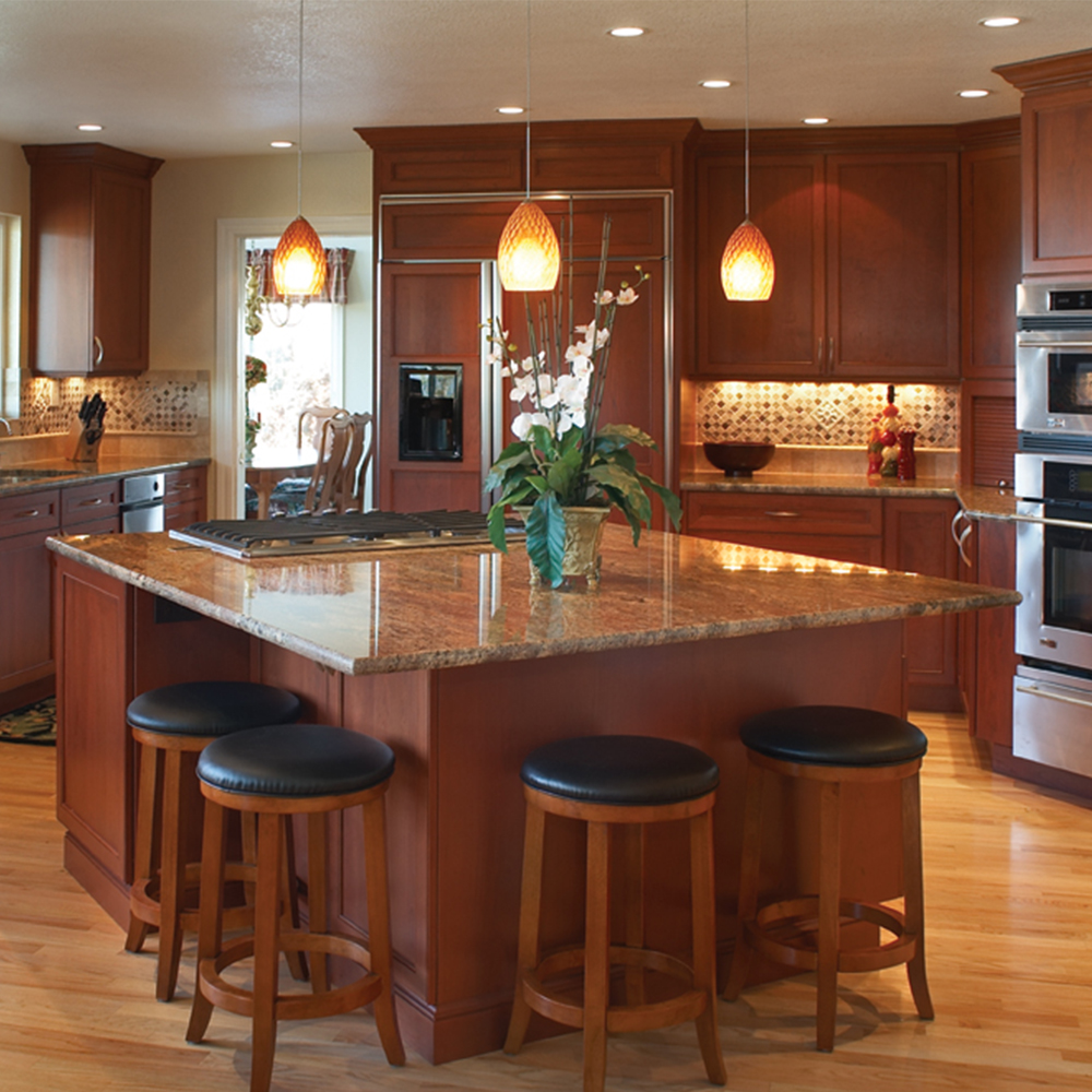 Custom Designed Kitchens & Cabinets