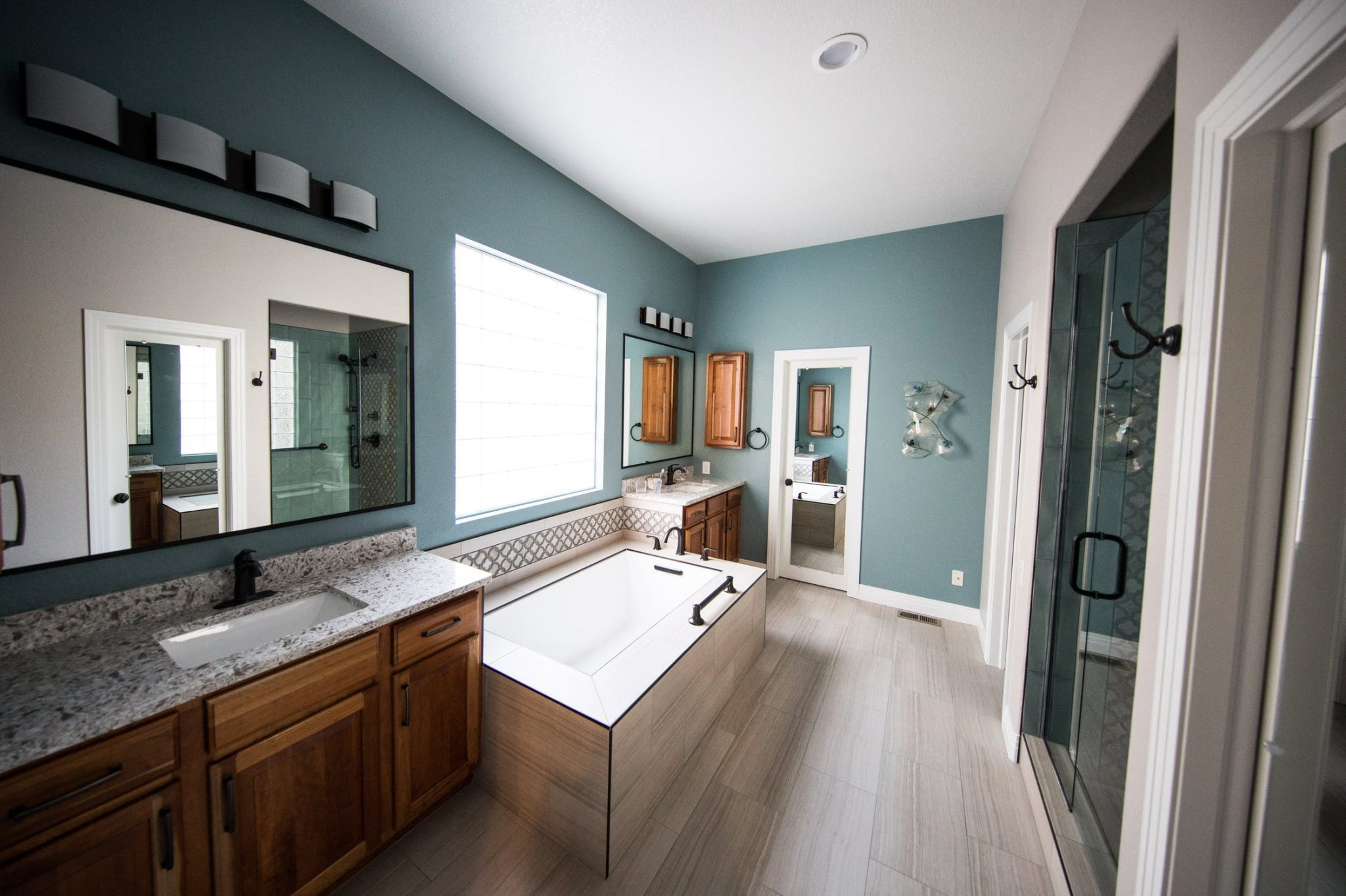 Signs Your Bathroom Cabinets Need a Makeover