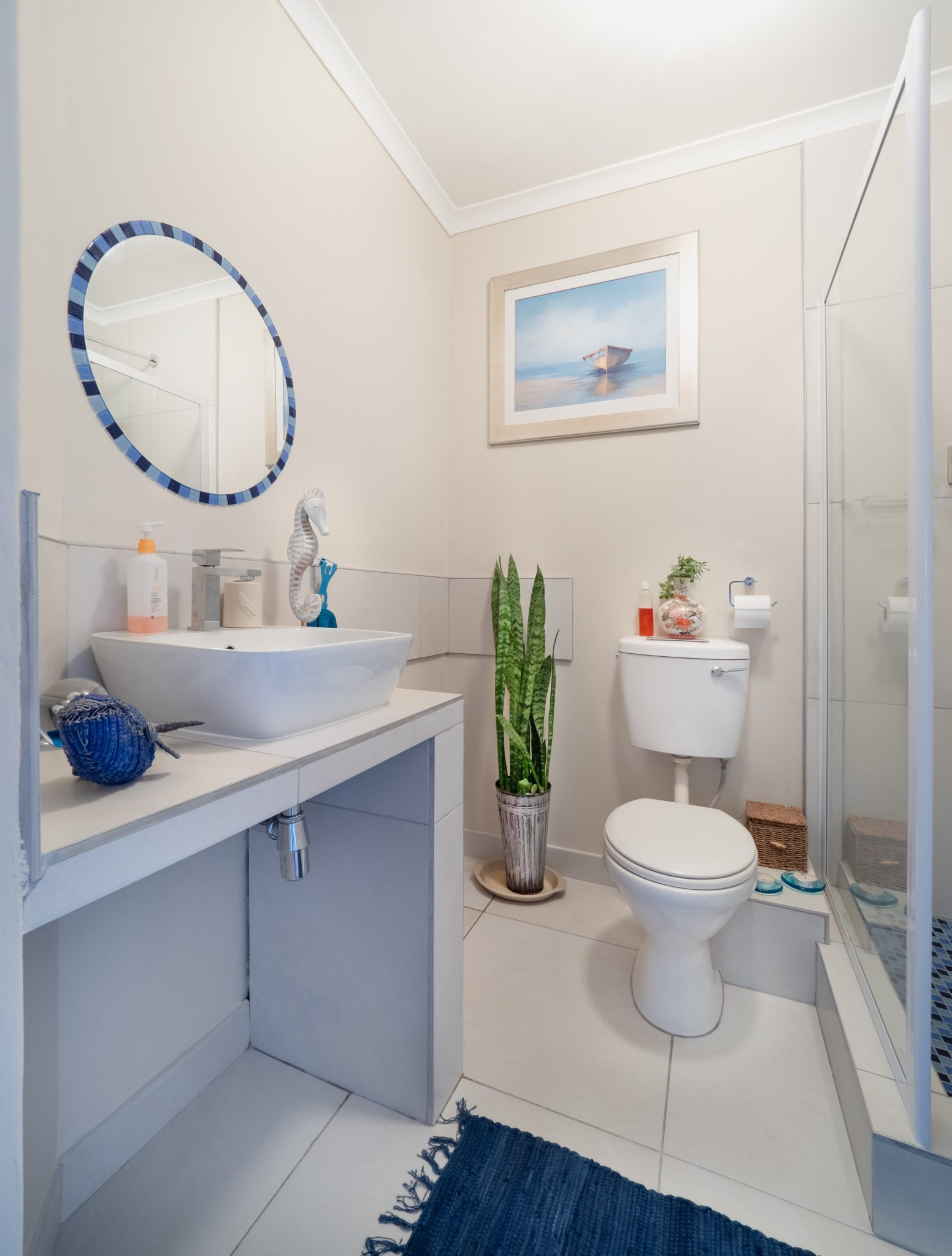 5 Tips For A Small Bathroom Redesign